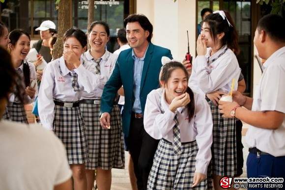Mathayom 6 students from Varee School Thailand in Fiction Movie