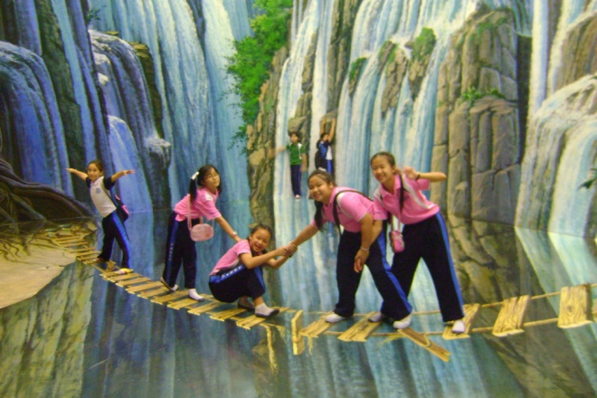 3D art Varee School students Chiang Mai Thailand art in Paradise