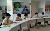 students-from-singapore-international-school-sisb-chiang-mai-working-hard-in-class